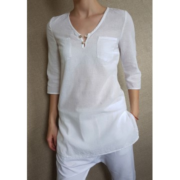 Ladies tunic with slits
